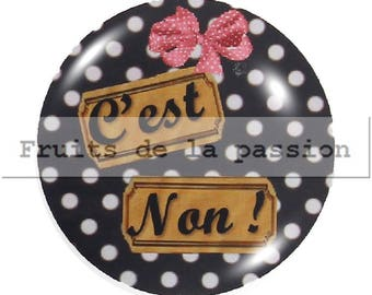 Set of 2 cabochon 20mm, black and white text