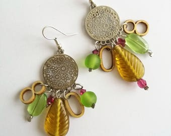 Earrings with glass pearls and their numbers 8 and 0