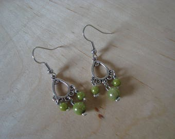 Small original chandeliers and green beads earrings