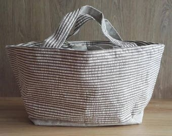 Tote bag with tie closure