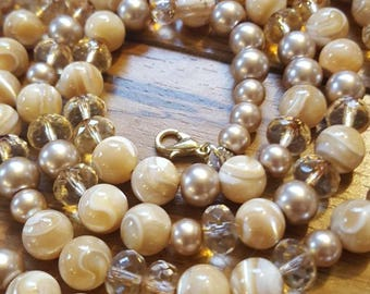 Mother of Pearl Beaded Necklace Single Strand