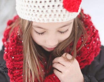 Crochet Heart Appliqué Beanie Hat