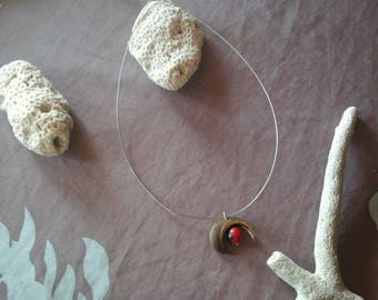 Necklace with natural seeds from the island of Martinique