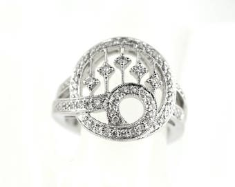 14k White Gold And Diamond Ring. Size 7