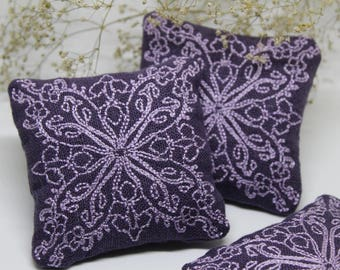 Scented Lavender Pillows - Lavender Sachet Bags - Room Fragrance - Closets Fresheners - Small Favour - Gift for Her - Scented Gifts
