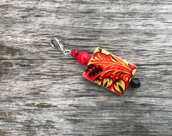 Red Beaded Zipper Pull Charm, Zipper Charm, Floral Beaded Zipper Charm, Zipper Charms for Handbags, Zipper Pull Charm, Zipper Pull, Gift