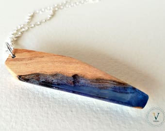 Olive and resin wood necklace-Pĕlăgus-