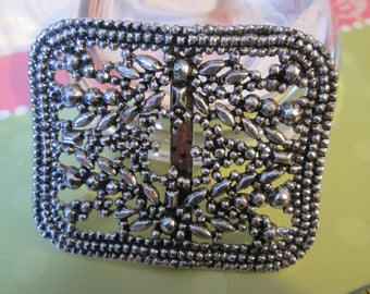 "Antique Metal Facetted Steel-look BUCKLE/SLIDE *silvertone* (2-1/4"" across)"