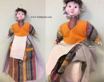Doll. Decor for roll paper  ( w= 9.5cm or 13.5cm)