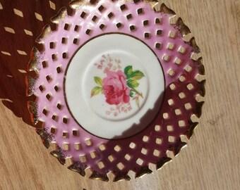 Lipper and Mann decorative flower plate