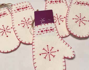 Stitched Mitten Gift Card Holder/Ornament
