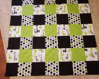 Neutral patchwork baby blanket with soft minky backing, baby shower gift, baby boy gift, blanket, quilt