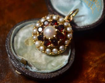 Antique Victorian 15ct gold Garnet and Pearl Pendant