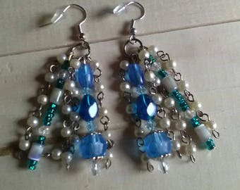 Beautiful Blues and faux pearls dangle earrings