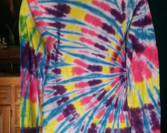 Tie Dye Long sleeve T. Size Small