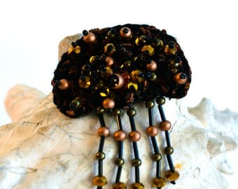 Brooch embroidered jellyfish black and bronze