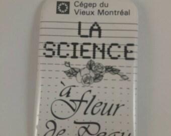Vintage CEGEP du vieux-Montréal pinback button