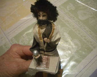 Original ISRAELI National Handmade Doll from the 1950's-60's, Orthodox JEWISH Man holding a Pointer or Pen over a Prayer Book. Ex!!.