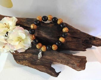 Natural Wooden Bead healing stretch bracelet with Hamsa Buddha Charm