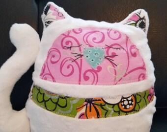 Soft plush Kitten / Stuffed Kitty/ Baby Shower Gift / Gift for Baby / Toddler Gift / Softie Kitten /White Kitten / Handmade Plushie / Kitten