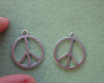 15 peace sign charm pendant tibetan silver antique wholesale jewelry making R43