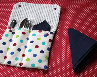 With 2 napkins cutlery Pocket