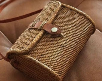Ratten bag with dream catcher