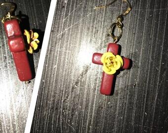 Cross with rose earrings
