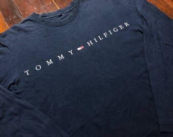 Vintage 90s Tommy Hilfiger  Navy Long sleeve T-Shirt size L