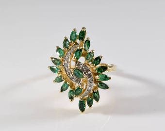 Vintage Emerald and Diamond 14K Yellow Gold Ring Size 7 1/2