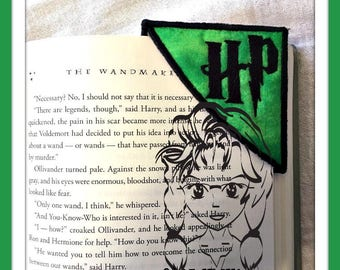 "CoRNER BOOKMaRK ""HaRRY P"" - Magician ~ In the Hoop ~ Downloadable DiGiTaL Machine Embroidery Design by Carrie"