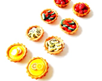 Tartlets / Miniature  SET OF 8 French PASTRIES -- 1:12 doll's house miniature, pies, dessert, cakes, multicolored by The Sausage