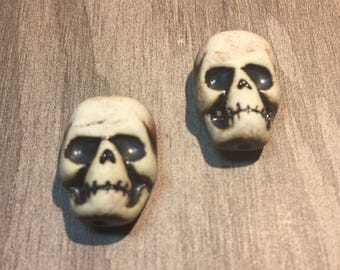 Skull Bead Pair (vertical)