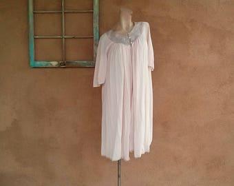 ON SALE Vintage 1960s Peignoir Nightie Set Pink Form Fit Rogers Nightgown B36