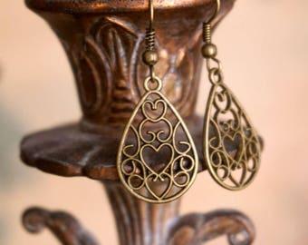 Brass Earrings, Brass Drop Earrings, Brass Filigree Earrings, Brass Dangle Earrings, Christmas Gift for Her, Christmas Gift Idea for Her