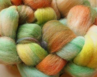 Handdyed Roving Wool Spinning Felting 3.0oz Corriedale Cross Handspinning Felting Fiber Aspenmoonarts E5 Yellow Green
