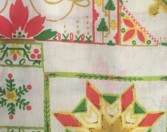 Vintage Holiday Tablecloth and Napkins epsteam Red Green