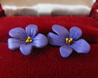 Vintage Earrings & Jewel Box, Violets, Pierced Ears, Red Velvet Box, ca 1980s LK-105