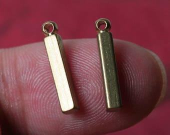 100 pcs Solid brass stick drop 14mm long 2.5x2.5mm thick (item ID B-YS900-2RB)