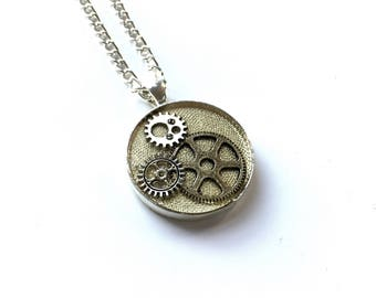 CLOSING DOWN SALE Steampunk Neo Victorian Vintage Watch Part Cog Gear Pendant Necklace