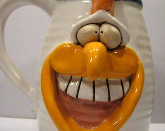 Happy Chicken Mug     ..........                        e893