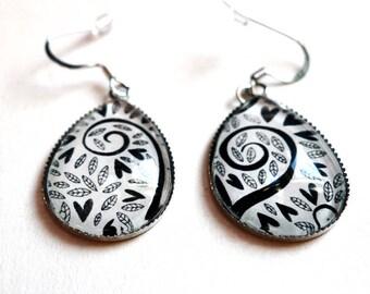 Black hearts BOG123A, drop earrings