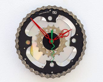 bicycle parts gift, bike parts clock, cyclist gift, Recycled Bike Gears Clock, boyfriend cycle gift,  unique repurposed bike clock,