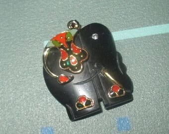 Vintage Carved Onyx Elephant with Enamel Accents Pendant Necklace
