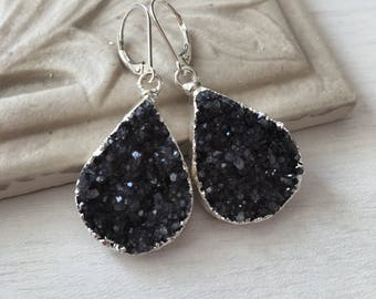 Charcoal Druzy Teardrop Earrings,Dark Druzy Earrings,Silver Druzy Earrings,gift for her,gift under 100,geode earrings, organic earrings,dark