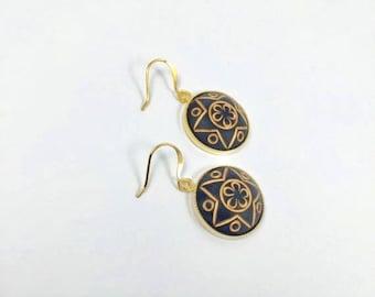 Black and Gold Star Earrings, Vintage Earrings, Black and Gold Earrings