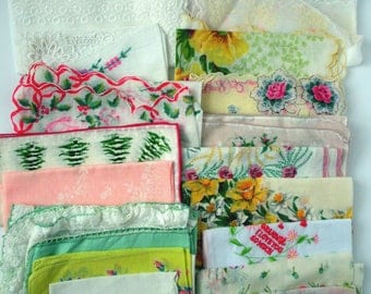 Vintage Ladies Hankies, Handkerchief, collectible, Lot of 19