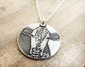 Hereford necklace in silver, Cow necklace