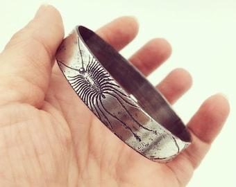 CENTIPEDE BRACELET -- House Centipede Bangle Bracelet in 100% Solid Sterling Silver