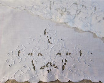 Vintage Madeira Pillowcase Set White Bed Linens Hand Embroidered Daffodils Embroidery Bedding Cottage Style Vintage Linens